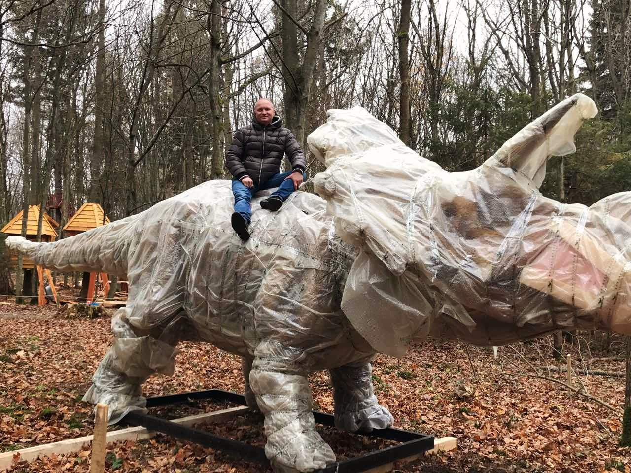 Динозавры в Парке!!!